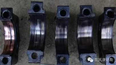 不及时更换机油或使用劣质机油、机滤导致轴瓦严重磨损