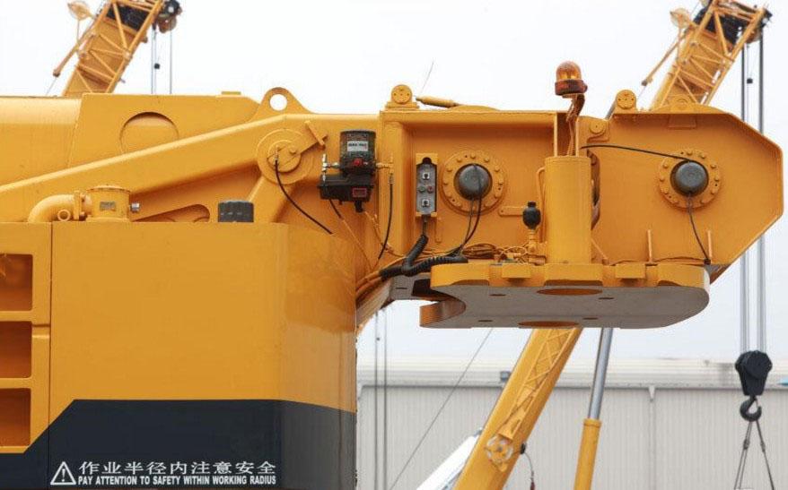 徐工xct25l5起重机 河南徐工25吨吊车销售热线:4009903710